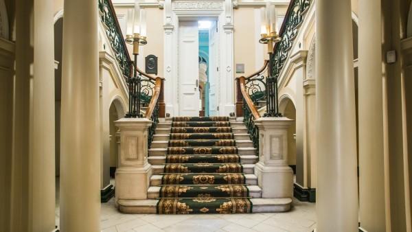 No 6 Kildare Street stairwell