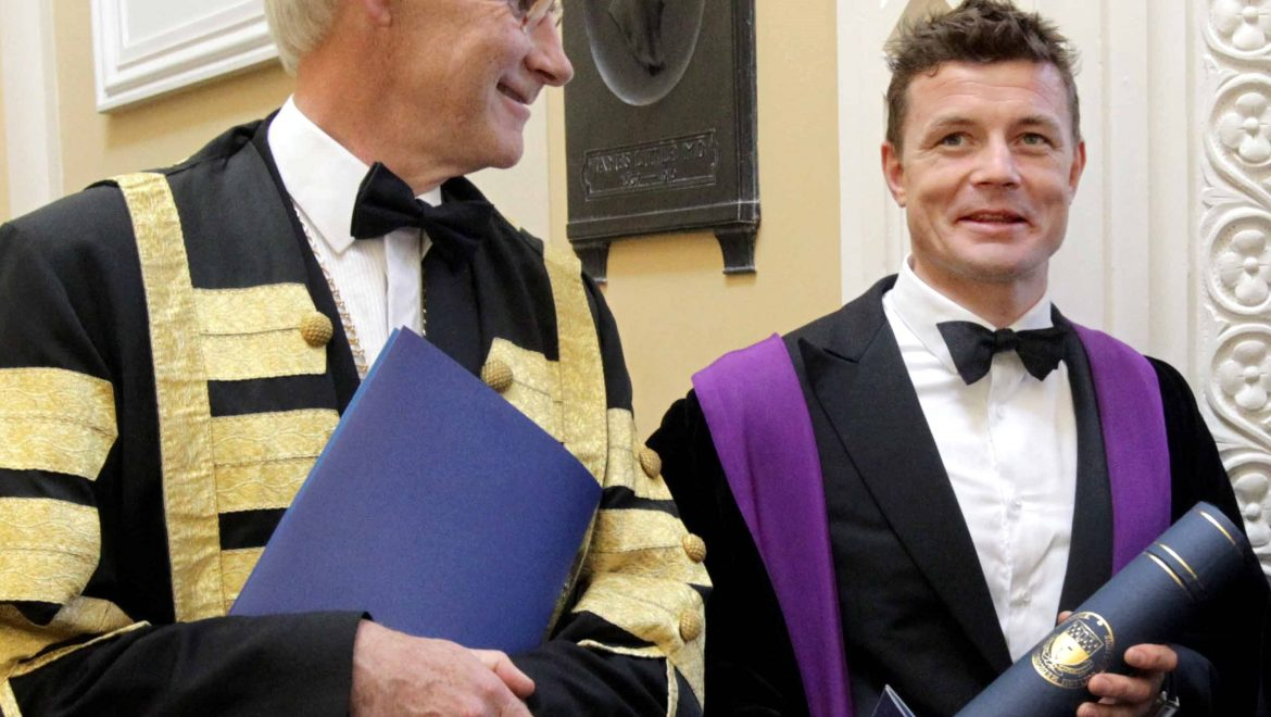 NO REPRO FEE 16/6/2017 Irish rugby international Brian O'Driscoll, former Northern Ireland Deputy First Minister Seamus Mallon, Tony Award winning theatre director Garry Hynes and Prof. David Galloway, President of the Royal College of Physicians and Surgeons Glasgow received a Honorary Fellowship of the Royal College of Physicians of Ireland (RCPI) today in Dublin. Pictured at the ceremony are, from right, Seamus Mallon, Brian O'Driscoll and Prof. Frank Murray, RCPI President. Honorary Fellowship is the highest honour bestowed by Royal College of Physicians of Ireland. The award is reserved for  world leaders in medical science and those who have made an exceptional contribution to society. It is awarded to recipients for their service to Irish Society and excellence in their fields. The new Honorary Fellows will join 29 medical doctors, who will receive Fellowship of the Royal College of Physicians of Ireland for excellence in their chosen field of medicine. PHOTO: Mark Stedman